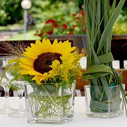 Table-Sunflowers